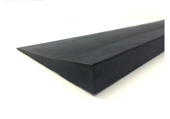Gummirampe 16x900x150mm gerade schwarz