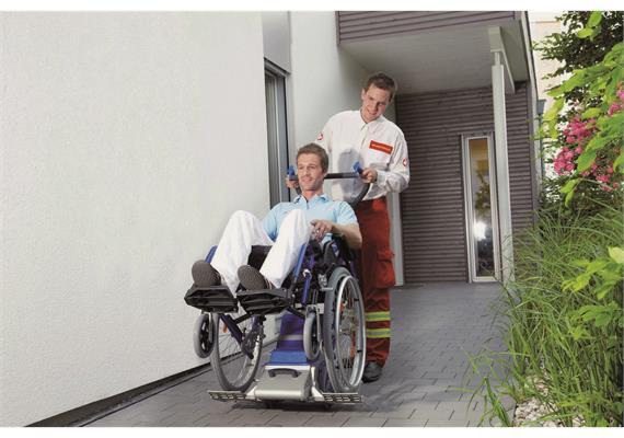 Treppensteiger Liftkar PT-Universal 130 für Transport mit Rollstuhl